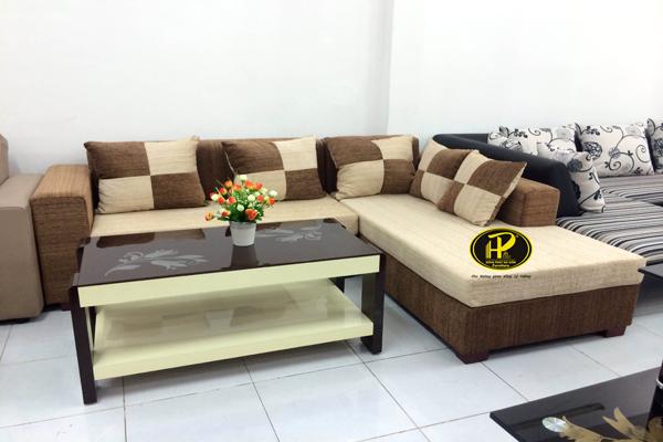 Làm thế nào để làm sạch một bộ ghế sofa vải